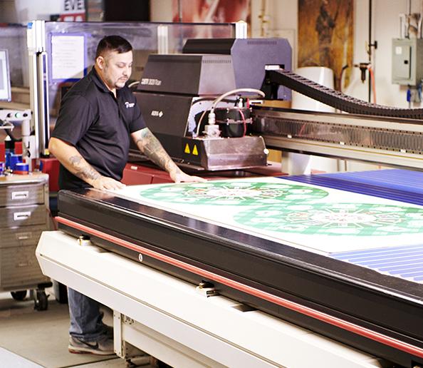 Flatbed large format printing press